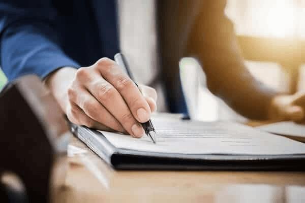 Việc trao đổi tài chính là vấn đề nhạy cảm nên có giấy biên nhận để đảm bảo